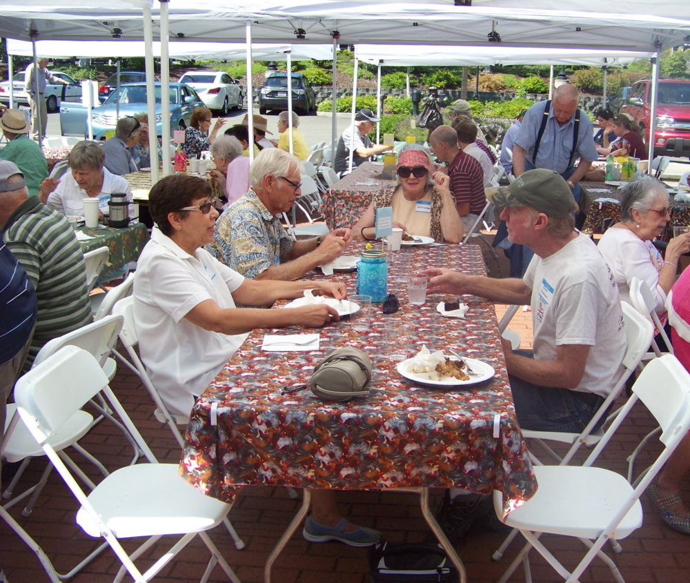 Alderwood Manor Heritage picnic 2014
